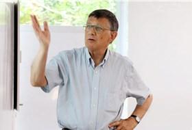 """Khi kinh tế gia Harvard điều trần phản đối """"dán nhãn"""" Việt Nam thao túng tiền tệ"""