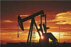 Giá dầu tăng vọt - ai mừng, ai lo?