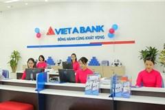 """Rạng Đông Group """"buông"""" VietABank?"""